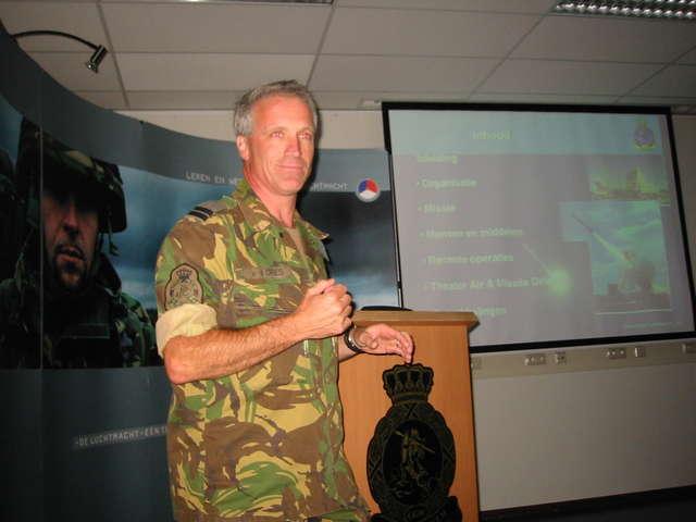 Kapitein Harry van den Dries, voorlichter GGW